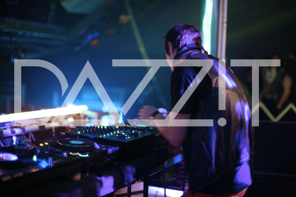 DAZZ2.jpg