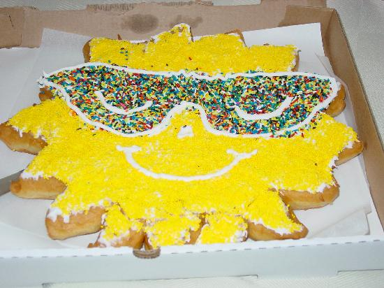 donut-cake-with-a-smile.jpg