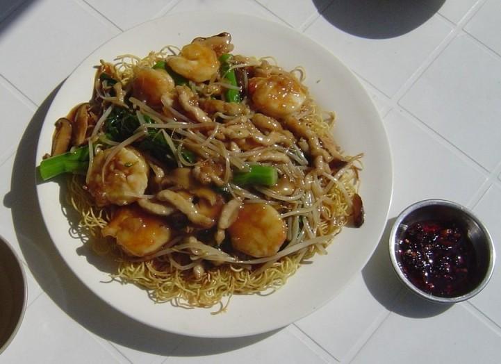 tom's chow mein[2].jpg